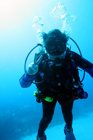 The 'two fingers' represent Beej's 200th dive - our last dive at Grand Cayman.