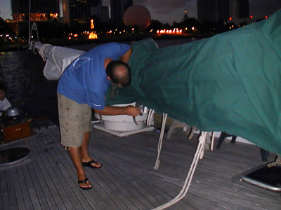 Divemaster Greg readying the sails as we leave port