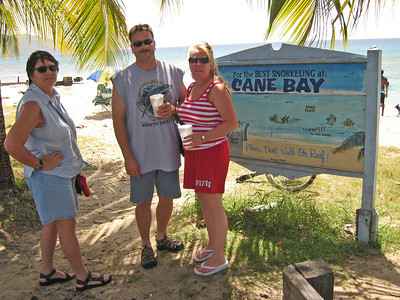 Very popular shore dive for divers and snorklers, as well as 'locals' day-off swimming.  Cane Bay dive shop across the street.
