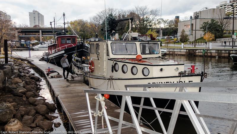 Halloween Boat Dive (3 of 12).jpg