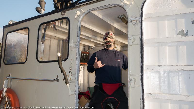 Halloween Boat Dive (4 of 12).jpg