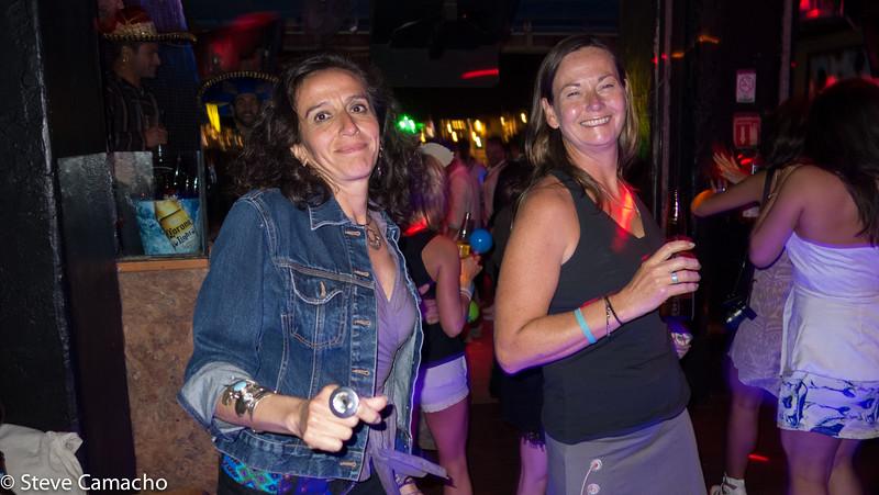DANCING IN CLUB NOWHERE