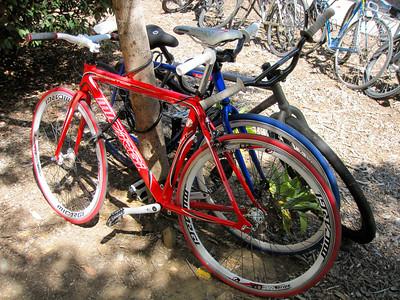 More fixie bikes