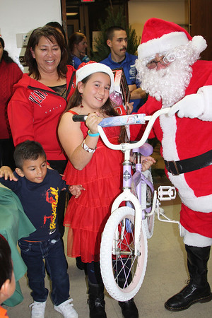 Franklin Neighborhood Center (Christmas 2011)