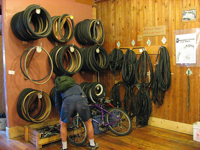 Tires & tubes area