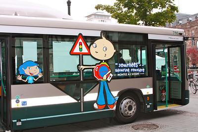 Le Petit Prudent est sur les bus de la ville