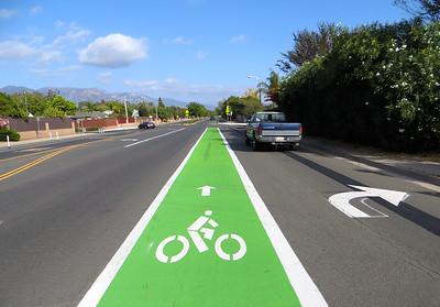 Bike lanes (Iluminando La Noche)