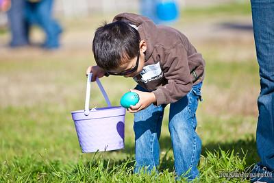 Dallas Junior Chamber of Commerce Easter Egg Hunt for the Blind 2010