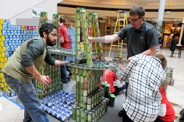 0407_Canstruction_06.jpg