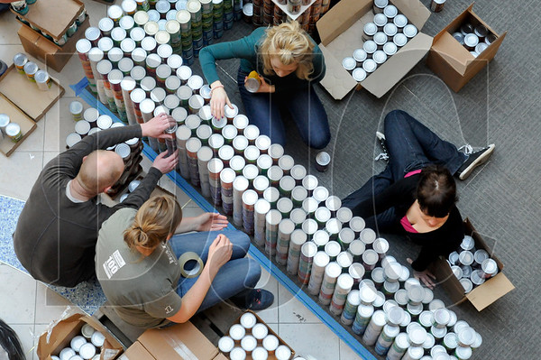 0407_Canstruction_03.jpg
