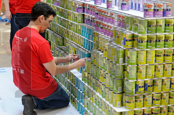 0407_Canstruction_04.jpg