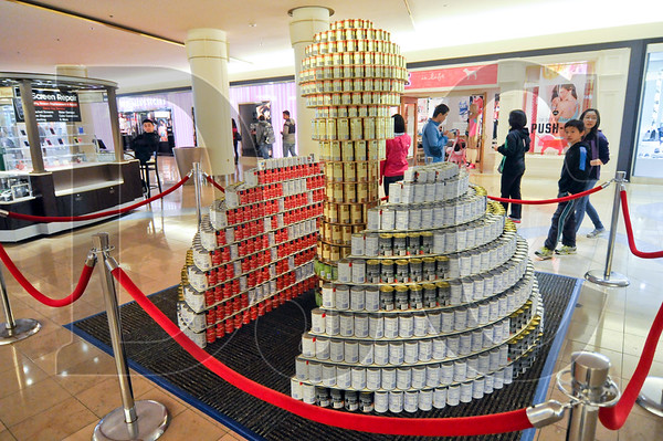 0407_Canstruction_11.jpg