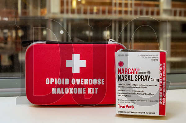 SafeBuild Alliance and the Oregon Health Authority are teaming to provide contractors with opioid overdose reversal kits. (Sam Tenney/DJC)