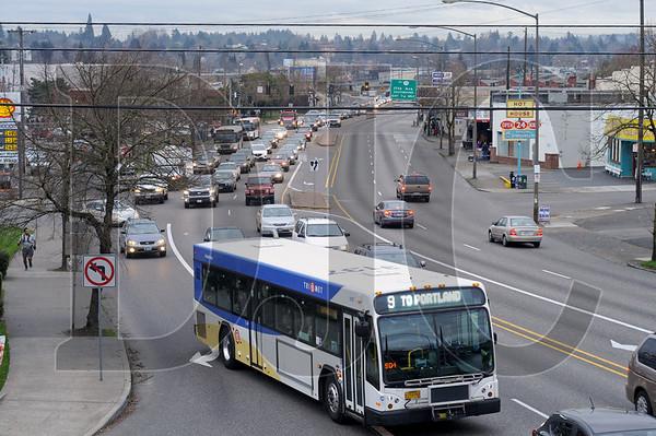 0220_Trimet_Powell_Division_BRT