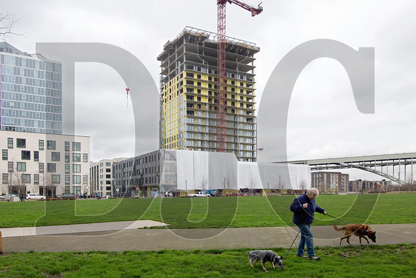 Hoyt Street Properties' latest Pearl District development, the Vista Condominiums tower, could be the last of the developer's condo projects if proposed changes to the city's inclusionary housing policy are adopted. (Sam Tenney/DJC)