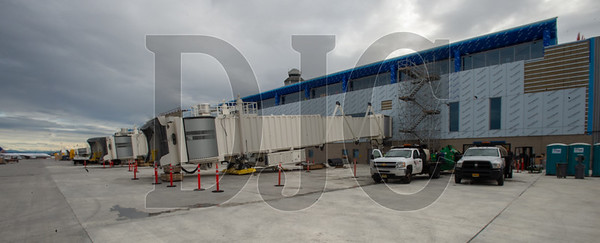 The new jetbridges for Concourse E are already in place. (Josh Kulla/DJC)