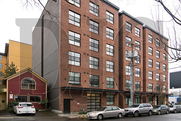 Kehoe Northwest Properties has sold the Tess O'Brien Apartments in Northwest Portland to a San Diego-based investment firm. (Sam Tenney/DJC)