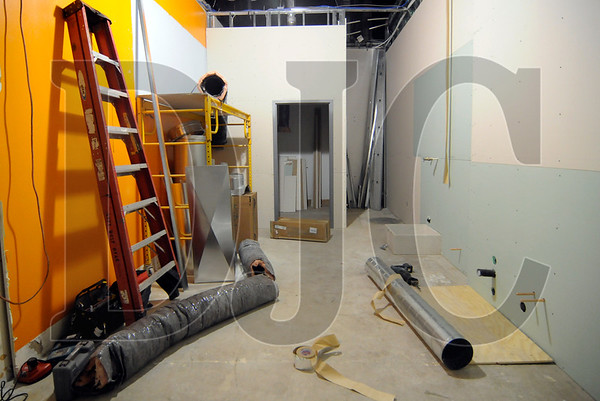 Paradigm Construction is converting a former AT&T store at Washington Square to a Wetzel's Pretzels.  The renovation of the 674-square-foot space includes the construction of a service area, storage space, and toilet room, as well as a new floor and wall tiles, Corian counters, and wall tiles, and updated plumbing and electrical systems.