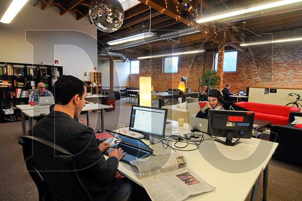 1015_Creative_Office_01_Collective_Agency.jpg