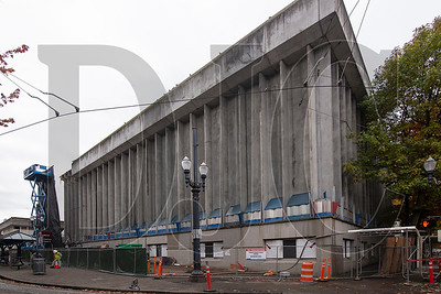 The 175,000-square-foot building is expected to be taken down to grade by early December. (Sam Tenney/DJC)