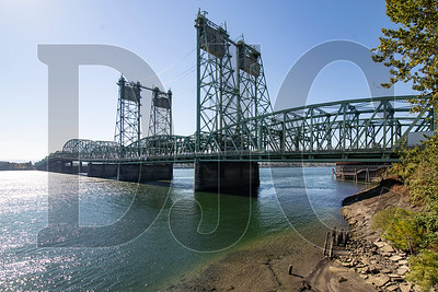 Oregon and Washington have renewed efforts to replace the Interstate Bridge over the Columbia River. (Sam Tenney/DJC file)
