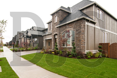 1010_Findley_Heights_01