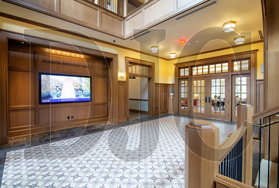 The building's main lobby features an 80-inch touch-screen display. (Sam Tenney/DJC)