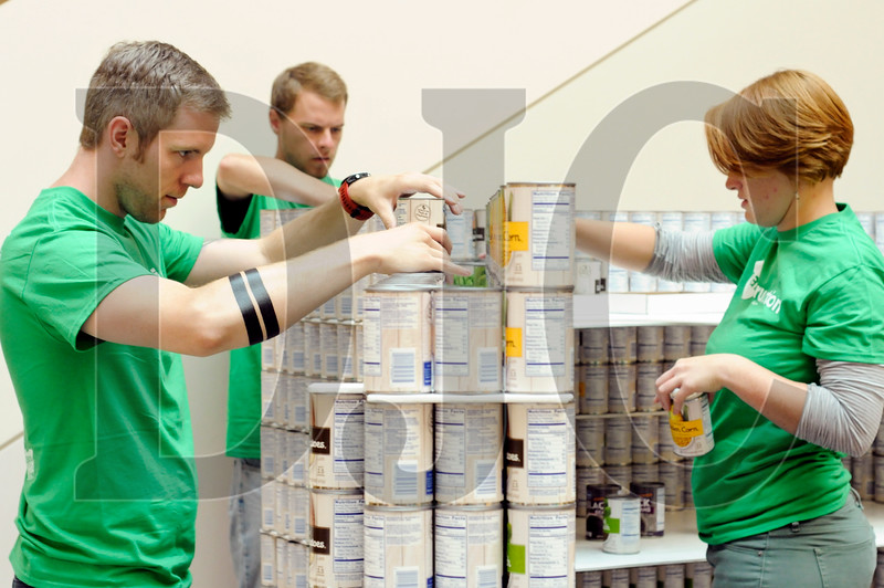 0916_Canstruction_02