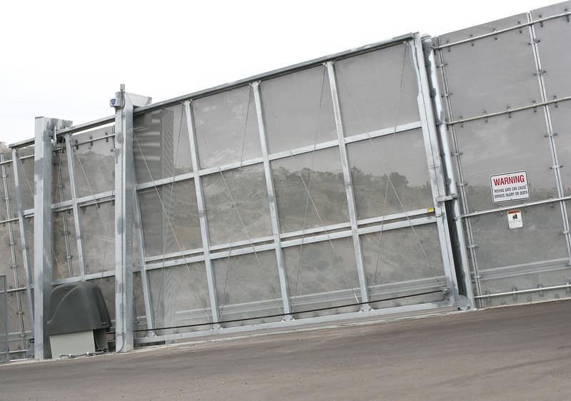 9550 Border fence 5