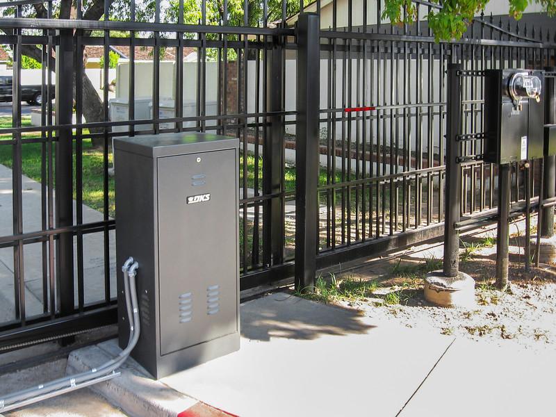 2000-PowerInverter-Gate