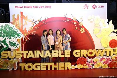 DKSH-WefieBox-PhotoboothVietnam--Chup-anh-lay-lien-Su-kien-Tiec-cuoi-013
