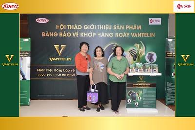 DKSH-Kowa-Hoi-thao-gioi-thieu-bang-bao-ve-khop-hang-ngay-Vantelin-instant-print-photobooth-in-Hanoi-in-anh-lay-ngay-024