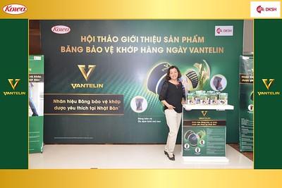 DKSH-Kowa-Hoi-thao-gioi-thieu-bang-bao-ve-khop-hang-ngay-Vantelin-instant-print-photobooth-in-Hanoi-in-anh-lay-ngay-019
