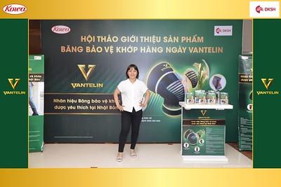 DKSH-Kowa-Hoi-thao-gioi-thieu-bang-bao-ve-khop-hang-ngay-Vantelin-instant-print-photobooth-in-Hanoi-in-anh-lay-ngay-036