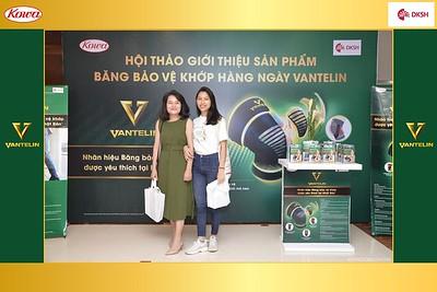 DKSH-Kowa-Hoi-thao-gioi-thieu-bang-bao-ve-khop-hang-ngay-Vantelin-instant-print-photobooth-in-Hanoi-in-anh-lay-ngay-048