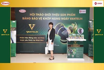 DKSH-Kowa-Hoi-thao-gioi-thieu-bang-bao-ve-khop-hang-ngay-Vantelin-instant-print-photobooth-in-Hanoi-in-anh-lay-ngay-021