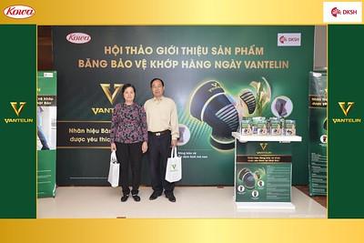 DKSH-Kowa-Hoi-thao-gioi-thieu-bang-bao-ve-khop-hang-ngay-Vantelin-instant-print-photobooth-in-Hanoi-in-anh-lay-ngay-023