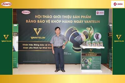 DKSH-Kowa-Hoi-thao-gioi-thieu-bang-bao-ve-khop-hang-ngay-Vantelin-instant-print-photobooth-in-Hanoi-in-anh-lay-ngay-004