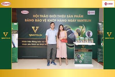 DKSH-Kowa-Hoi-thao-gioi-thieu-bang-bao-ve-khop-hang-ngay-Vantelin-instant-print-photobooth-in-Hanoi-in-anh-lay-ngay-030