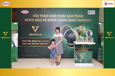 DKSH-Kowa-Hoi-thao-gioi-thieu-bang-bao-ve-khop-hang-ngay-Vantelin-instant-print-photobooth-in-Hanoi-in-anh-lay-ngay-034