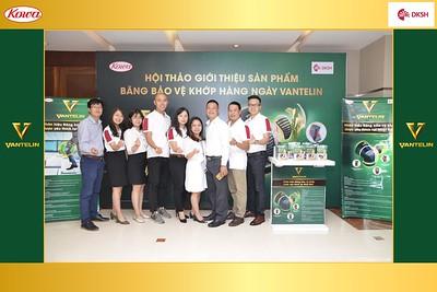DKSH-Kowa-Hoi-thao-gioi-thieu-bang-bao-ve-khop-hang-ngay-Vantelin-instant-print-photobooth-in-Hanoi-in-anh-lay-ngay-017