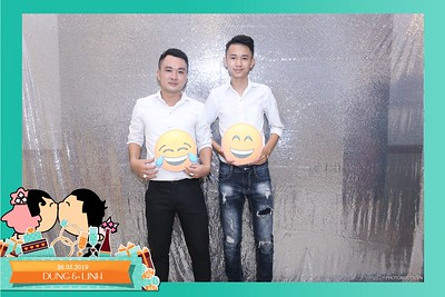 Dung-Linh-wedding-instant-print-photo-booth-Bien-Hoa-Dong-Nai-Chup-hinh-in-anh-lay-lien-Tiec-cuoi-WefieBox-Photobooth-Vietnam-013