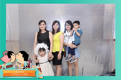 Dung-Linh-wedding-instant-print-photo-booth-Bien-Hoa-Dong-Nai-Chup-hinh-in-anh-lay-lien-Tiec-cuoi-WefieBox-Photobooth-Vietnam-023