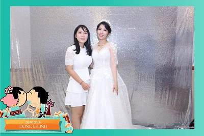 Dung-Linh-wedding-instant-print-photo-booth-Bien-Hoa-Dong-Nai-Chup-hinh-in-anh-lay-lien-Tiec-cuoi-WefieBox-Photobooth-Vietnam-018