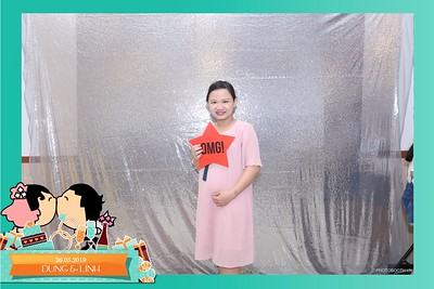 Dung-Linh-wedding-instant-print-photo-booth-Bien-Hoa-Dong-Nai-Chup-hinh-in-anh-lay-lien-Tiec-cuoi-WefieBox-Photobooth-Vietnam-038