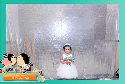 Dung-Linh-wedding-instant-print-photo-booth-Bien-Hoa-Dong-Nai-Chup-hinh-in-anh-lay-lien-Tiec-cuoi-WefieBox-Photobooth-Vietnam-008