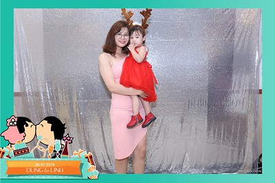 Dung-Linh-wedding-instant-print-photo-booth-Bien-Hoa-Dong-Nai-Chup-hinh-in-anh-lay-lien-Tiec-cuoi-WefieBox-Photobooth-Vietnam-016