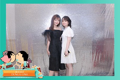 Dung-Linh-wedding-instant-print-photo-booth-Bien-Hoa-Dong-Nai-Chup-hinh-in-anh-lay-lien-Tiec-cuoi-WefieBox-Photobooth-Vietnam-004