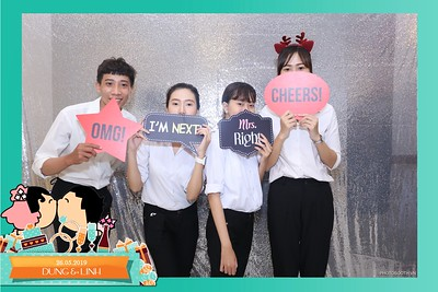 Dung-Linh-wedding-instant-print-photo-booth-Bien-Hoa-Dong-Nai-Chup-hinh-in-anh-lay-lien-Tiec-cuoi-WefieBox-Photobooth-Vietnam-048