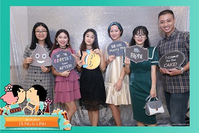Dung-Linh-wedding-instant-print-photo-booth-Bien-Hoa-Dong-Nai-Chup-hinh-in-anh-lay-lien-Tiec-cuoi-WefieBox-Photobooth-Vietnam-009